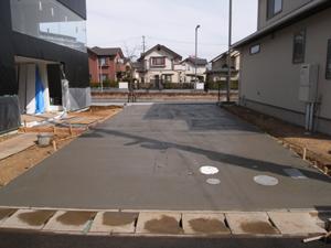 駐車場のコンクリート打設完了
