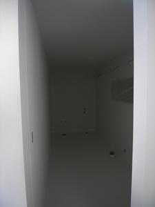 浴室防水 が完了。引き続き塗装工事と器具付けに入ります