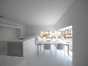 オープンハウス が終了。オリジナルデザインのテーブルも納品