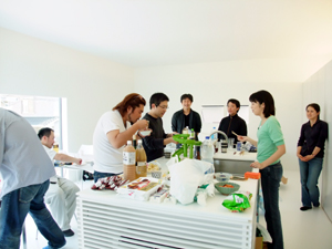 ホームパーティー には最高の住宅! | 印旛のスタジオ