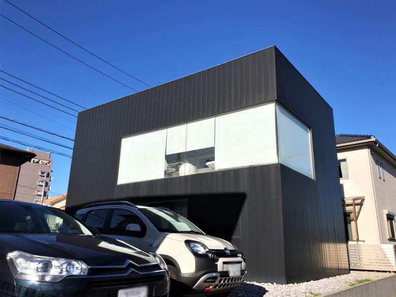 印旛のスタジオの外観