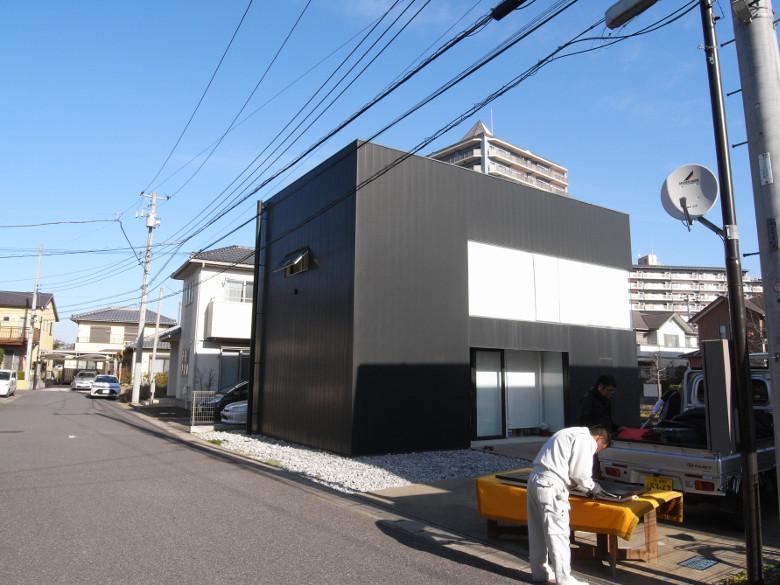 印旛のスタジオ外部作業風景