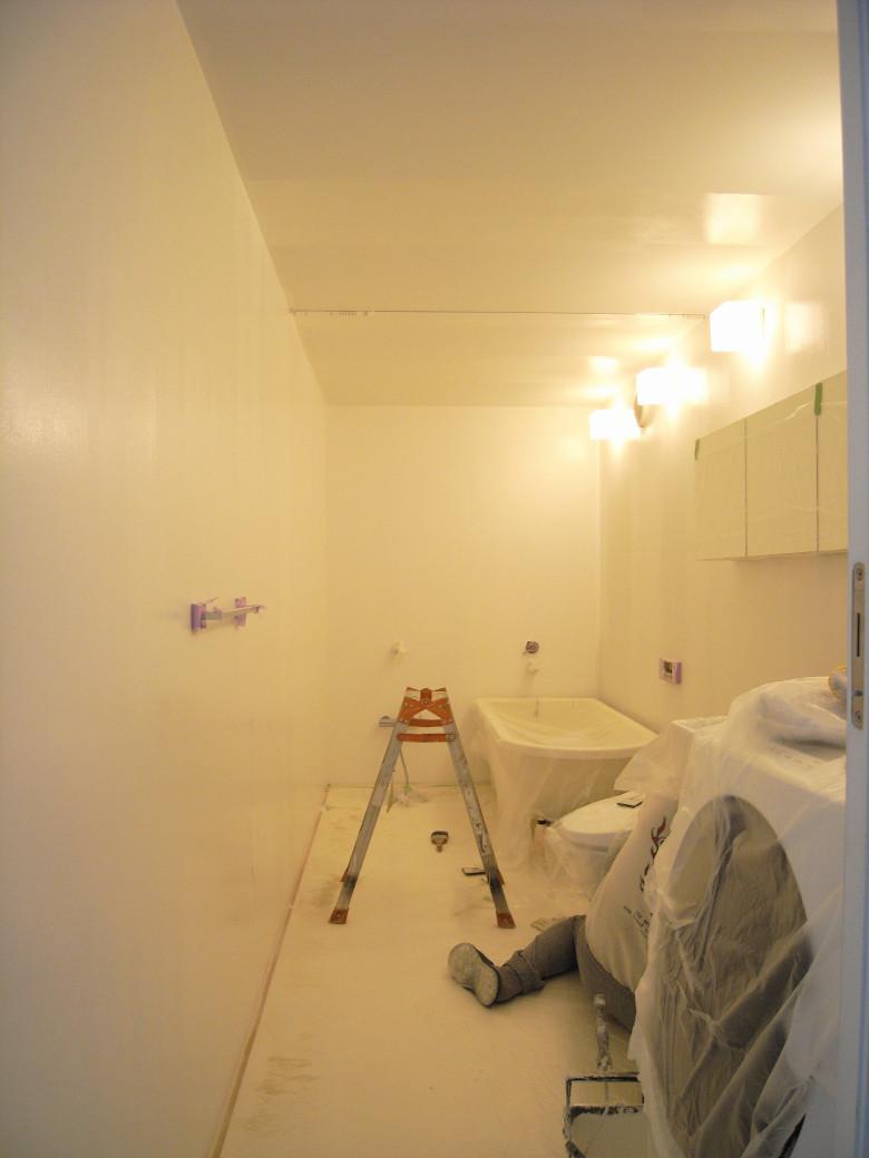 バスルームの壁天井補修完了
